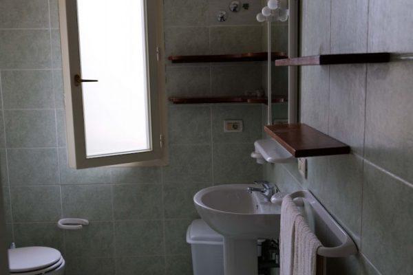 bagno appartamento Capoverde